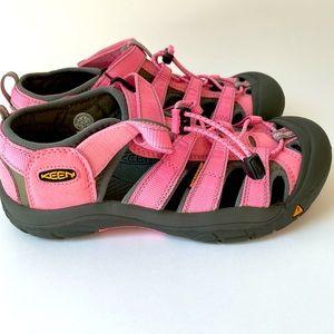 Women's Keen Newport Waterproof Sandals sz 6